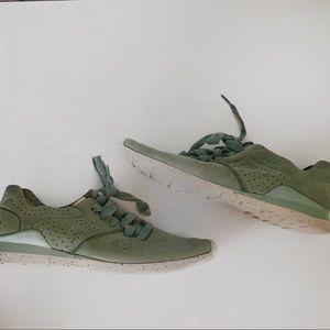 Ugg Suede Tye Sneakers Green
